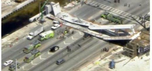 """美国首个""""快速施工法""""人行桥突发倒塌8辆车毁 4人死亡多人受伤"""